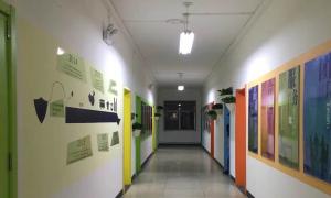 青年绘公司走廊